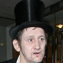 shane mcgowen top hat