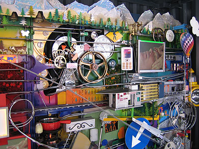 Máquina de Rube Goldberg en la base del Alinghi by freshwater2006