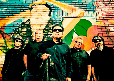 los lobos by drew reynolds