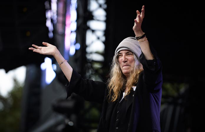 patti-smith-mix-tape-header-graphic