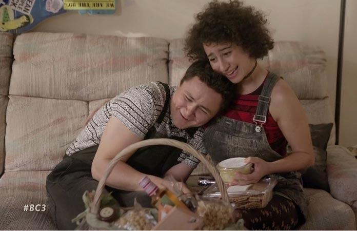 jamie-and-ilana-being-sweet-broad-city