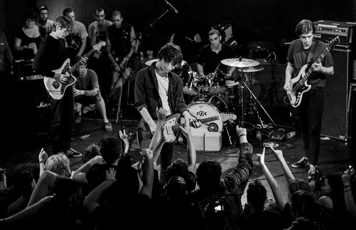 iceage-live-copyright-griffin-shot