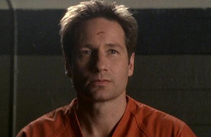 x-files-graphic-5-mulder-on-trial