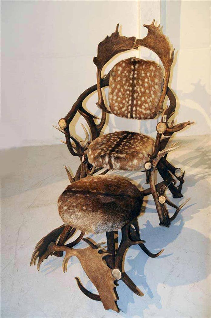 antler-chair-and-ottoman