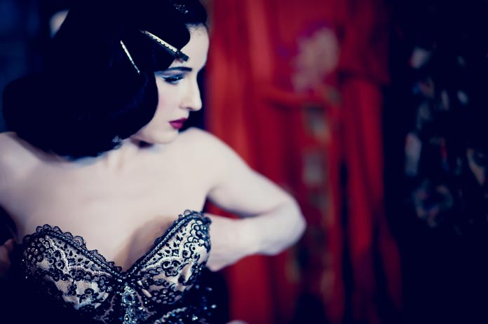 dita-von-teese-interview-header-graphic